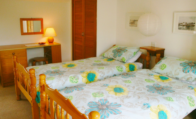 Sgioba cottage main bedroom